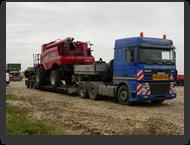 transport_agabaritic_utilaj_agricol_combina_CASE_HI